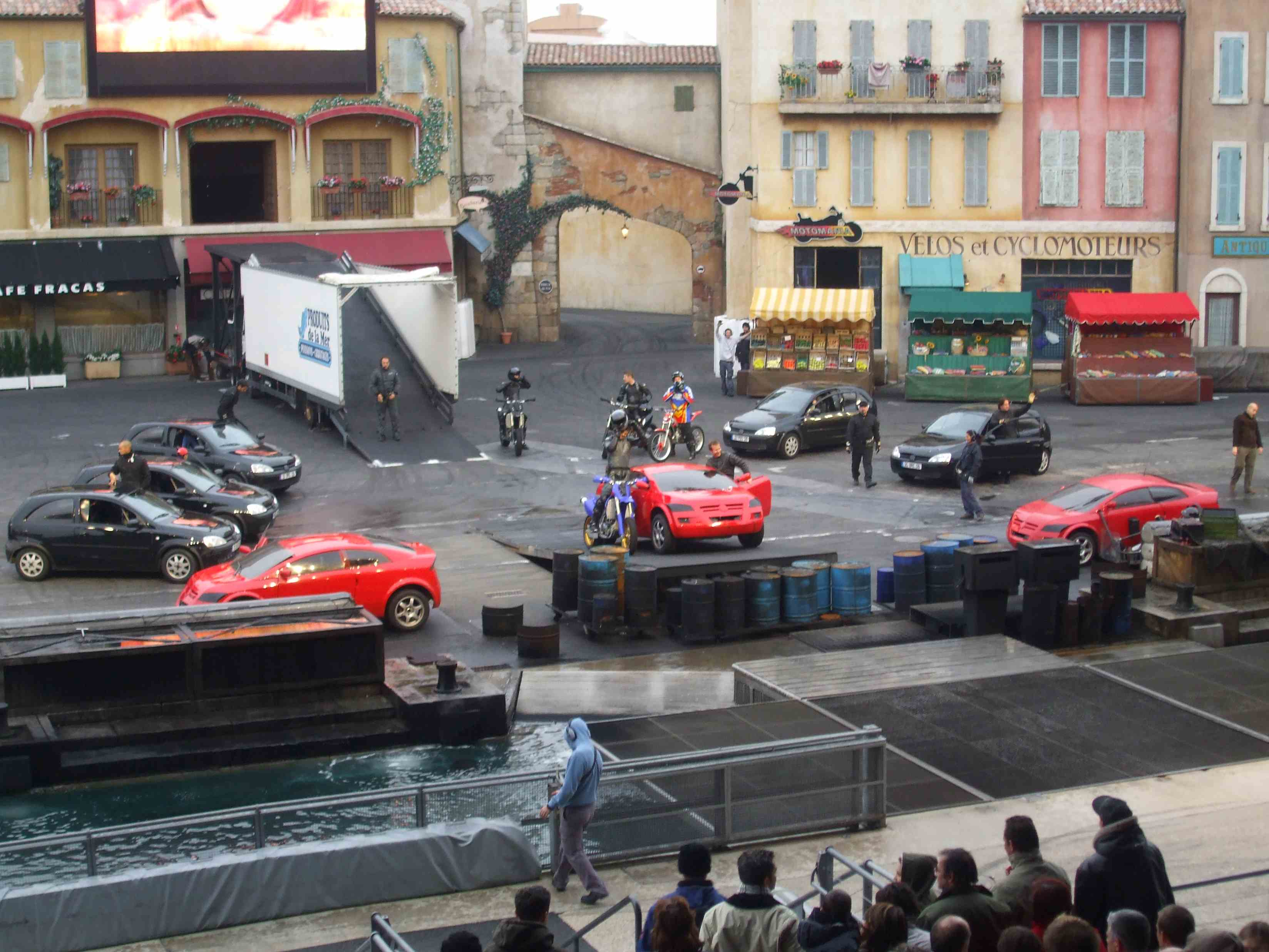 Disneyland-moteur-action-spectacle