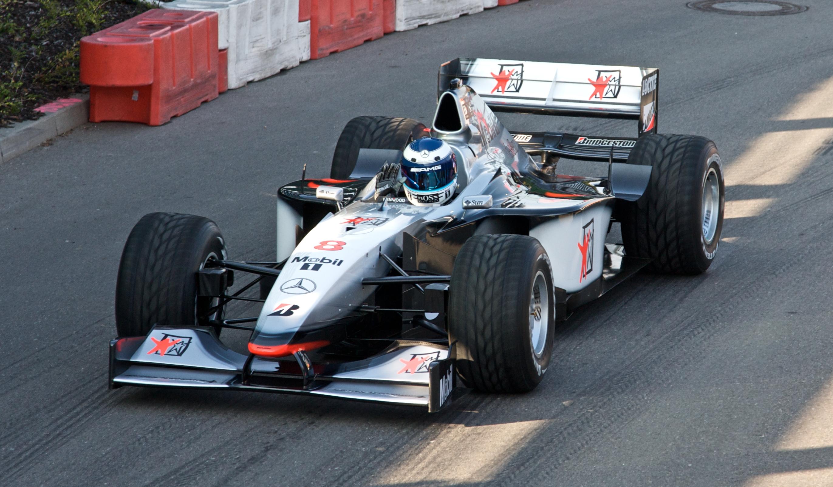 Mika-Hakkinen-2008-McLaren-MP4-13