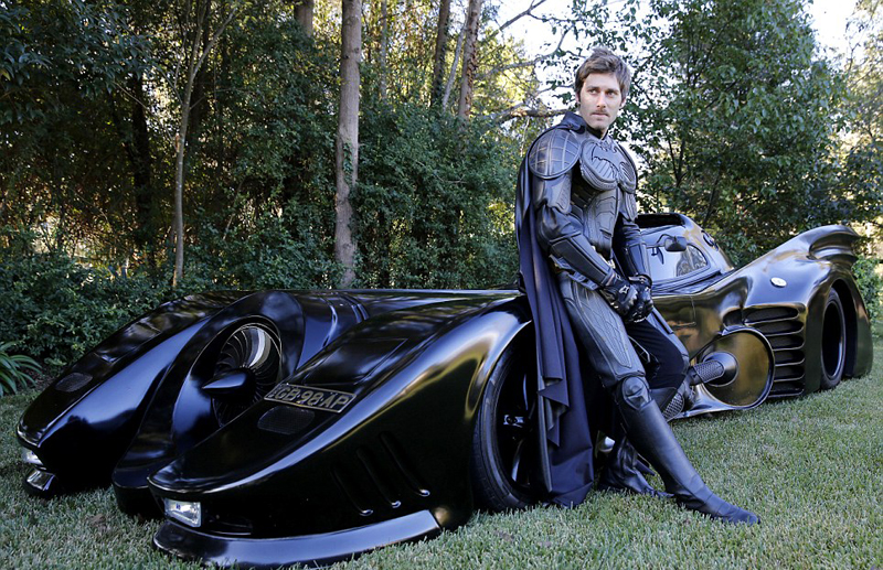 zac-replique-batmobile