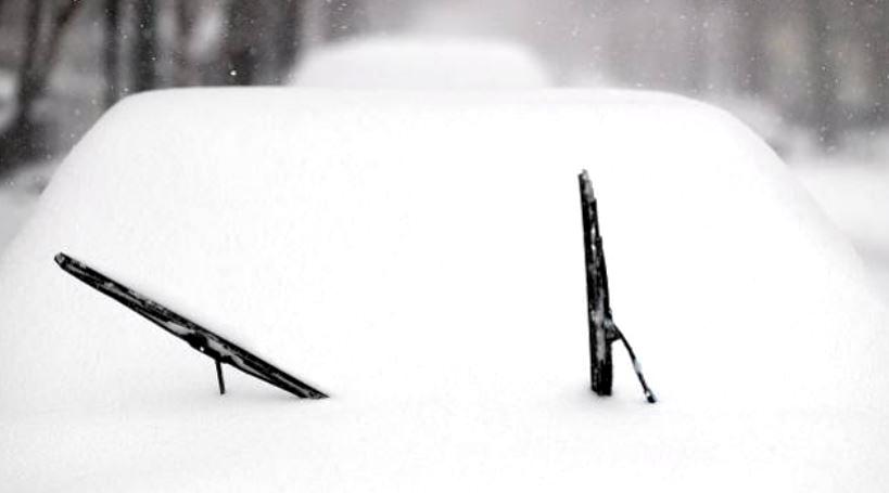 8 fausses bonnes idées avant de démarrer sa voiture en hiver