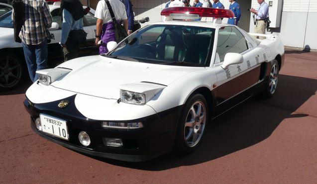 voiture de police nippone honda nsx japon