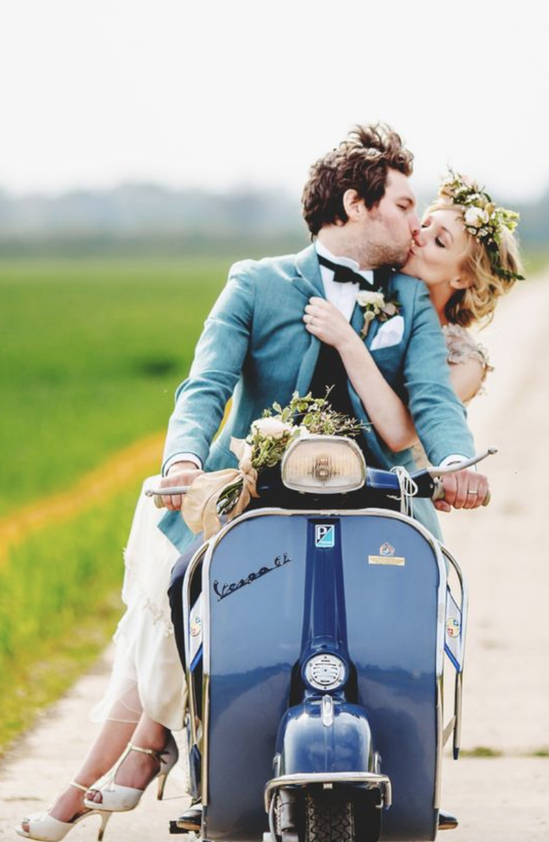 transport marié original vespa mariage scooter
