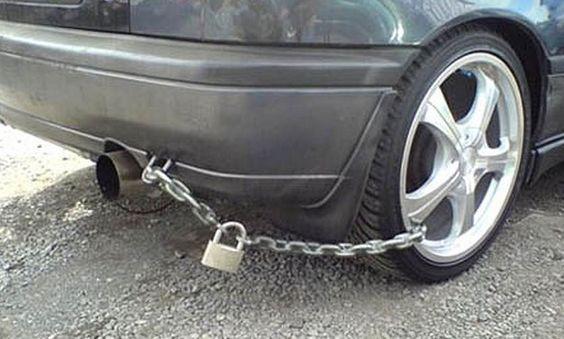 jante humour auto voiture insolite vole